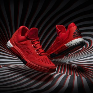 The-adidas-Crazylight-Boost-Arrives-for-the-NBA-Playoffs-PHOTOS-1-580x580